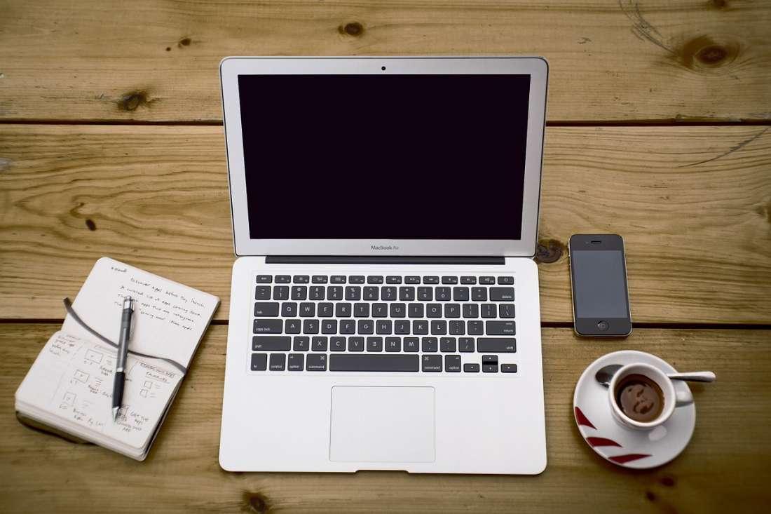 home-office-336378_1280_1571247429.jpg
